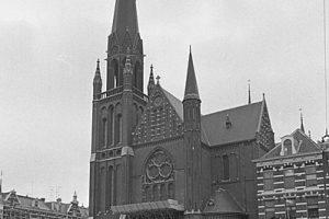 399px-Sint-Ignatiuskerk_Rotterdam_1967-_NL-RtSA_4121_305438-10-01